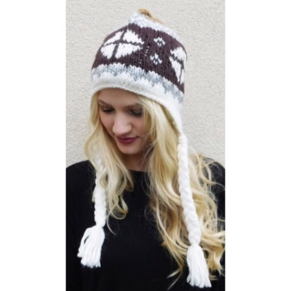 Accessories - Snowflake Fairisle Beanie